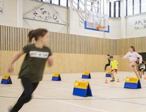 Stavba tělocvičny průhonické základní školy ukazuje, že kde je odvaha, tam je i cesta