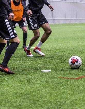 Projekt SE1003 - fotbalová hala Sollentuna